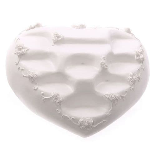 Cute Novelty White Heart Shaped Tiered Display Stand